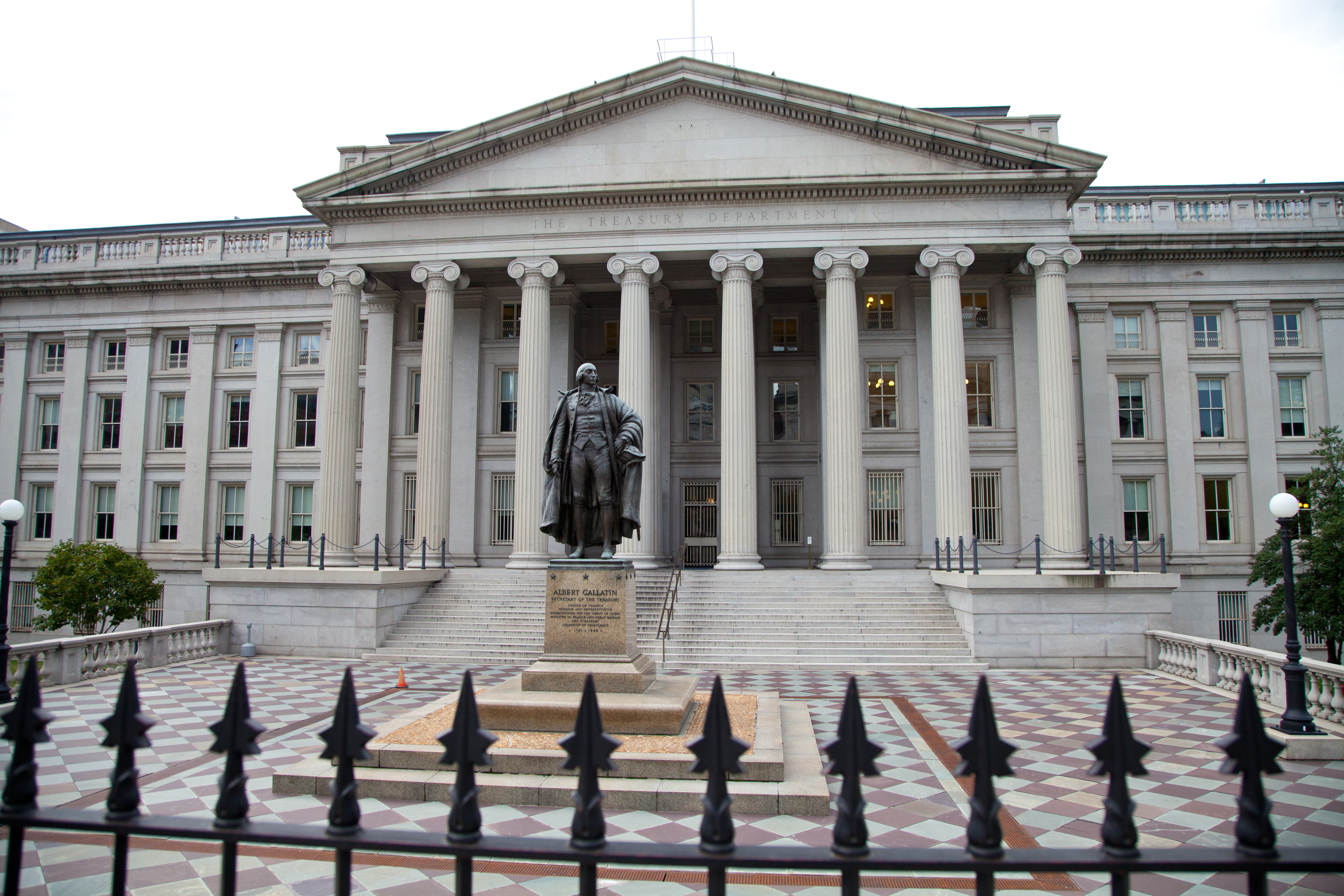Federal Government to Hone In On State and Local Pensions