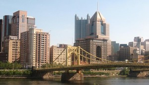 640px-PittsburghSkyline_with_WarholBridge