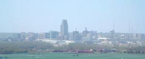 640px-Omaha_skyline_humid_day